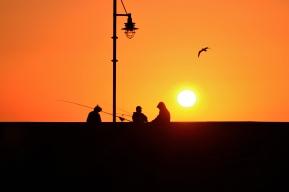 The Sun transits the sky.